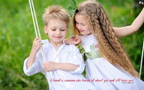 Sfondi motivanti - Un amico è qualcuno che sa tutto di te